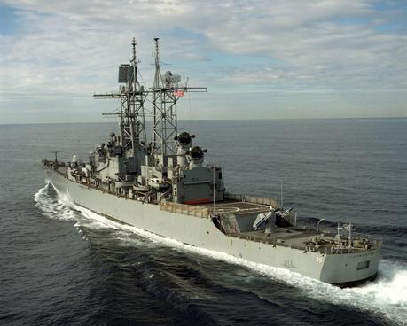 la-proxima-guerra-buque-destructor-eeuu-USS-Truxtun-CGN-35-mar-negro-ucrania