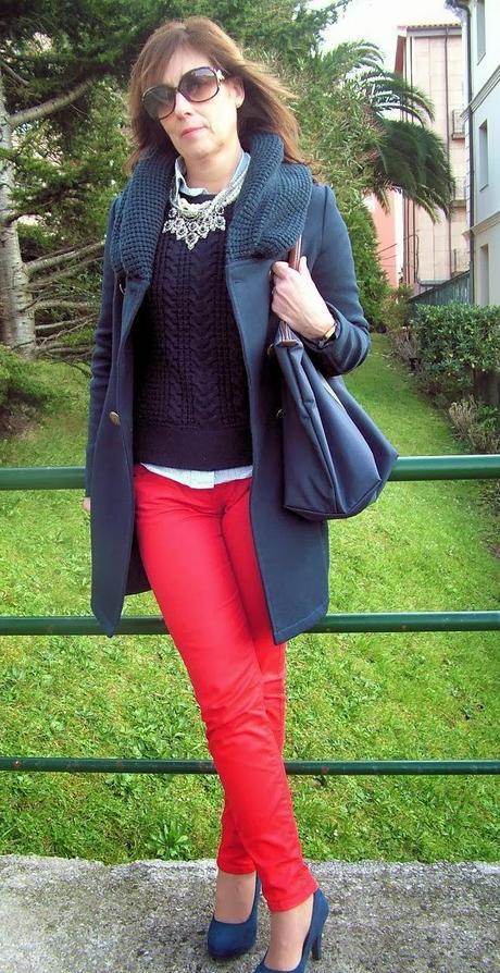 Mis looks - azul marino y rojo - Paperblog