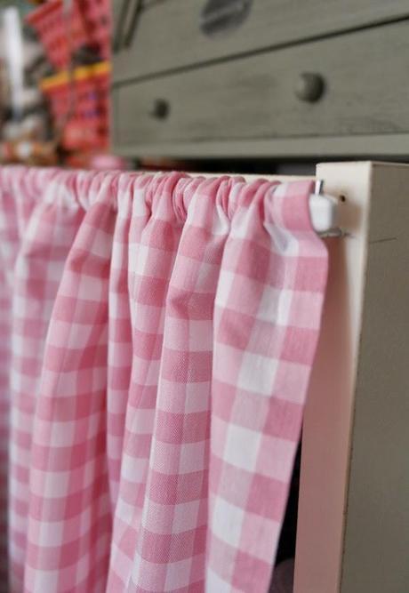 Como hacer unas cortinas sin saber coser paperblog for Hacer cortinas cocina