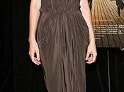 """Carey Mulligan presenta """"Never go"""". elegancia simplicidad"""