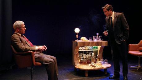 El encuentro. Adolfo Suárez y Santiago Carrillo en el Teatro Español