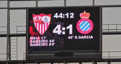 crónica sevilla fc 4 vs rcd espanyol 1