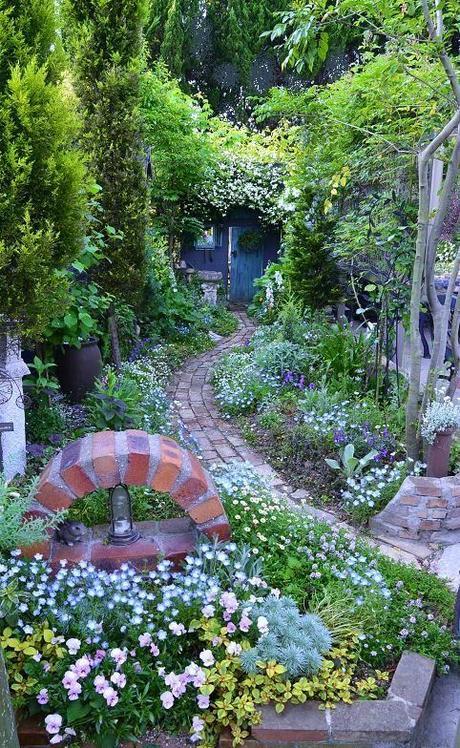 Caminos a jardines con encanto paperblog - Jardines pequenos con encanto ...