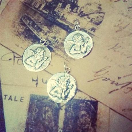 medalla angel de la guarda en plata