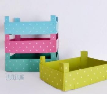Reciclar cajas de fresas y usarlas para almacenaje paperblog - Cajas almacenaje decorativas ...