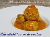 Albóndigas frutos mar, cítricos curry
