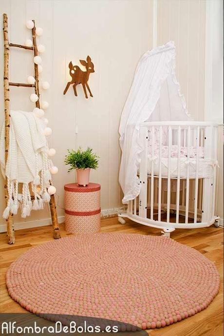 Ideas deco dise a tu propia alfombra de bolas paperblog - Disena tu propia casa ...