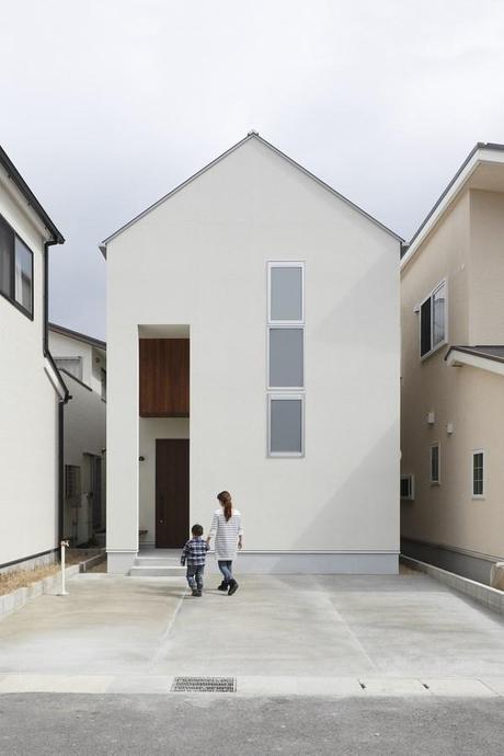 Alts design office juega con la tipolog a cl sica de la for Casa clasica japonesa