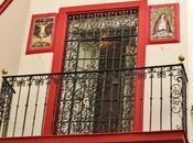 balcón retablos cerámicos.