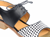 Zapatos ingleses para cita bajo sombra