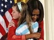 Niña conmueve Michelle Obama