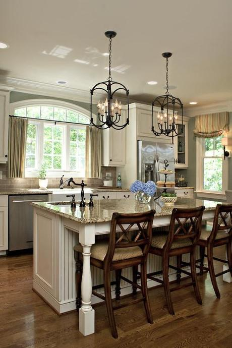 A Transitional Style Great Room By Parkyn Design Www Parkyndesign Com: Cocinas Con Islas