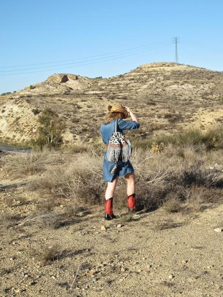 LOOK330-6.5.20148:30CONQUERING THE FAR WEST. TREND COWBOY...