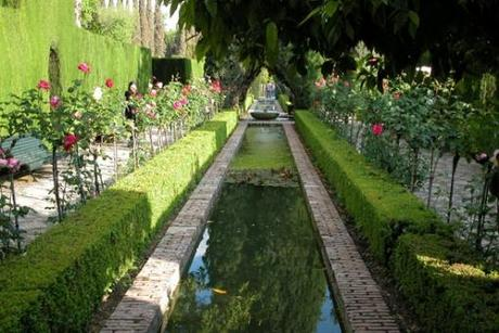 Granada la alhambra y el generalife paperblog for Jardines nazaries