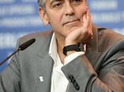 George Clooney pagará 100.000 dólares porque apostó nunca casaría