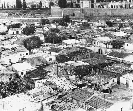 Las casas baratas de can tunis barcelona 8 05 2014 for Casas baratas en barcelona