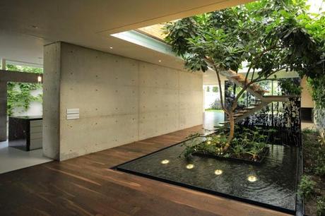 Casa moderna en guadalajara paperblog for Casas con patio interior