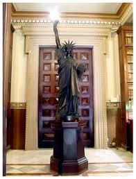 La desconocida Estatua de la Libertad de Barcelona