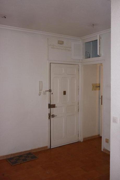 Reforma low cost de un apartamento en la capital paperblog for Suelo terrazo blanco