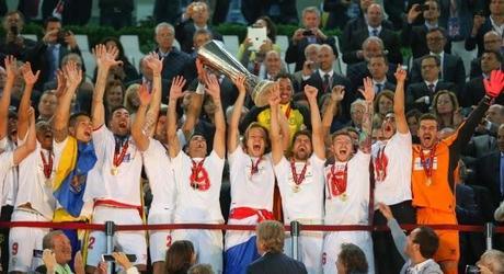 APROVECHO AHORA,... SEVILLA CAMPEONES DE LA UEFA, EUROLIGA 2014 Cronica-sevilla-fc-0-vs-benfica-0-4-2-penalti-L-IFHQjb
