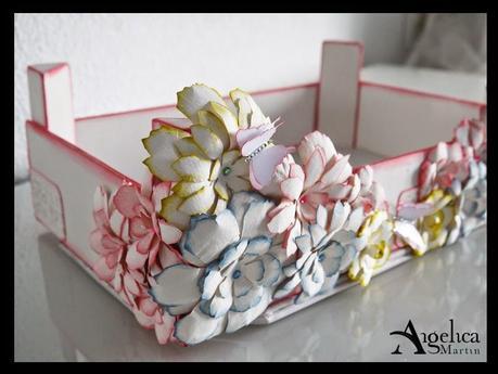 Taller caja de fresas decorada paperblog for Decorar cajas de fruta para boda