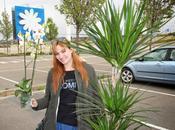 Comprando plantas: outfit informal