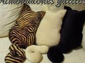 Almohadones gatitos