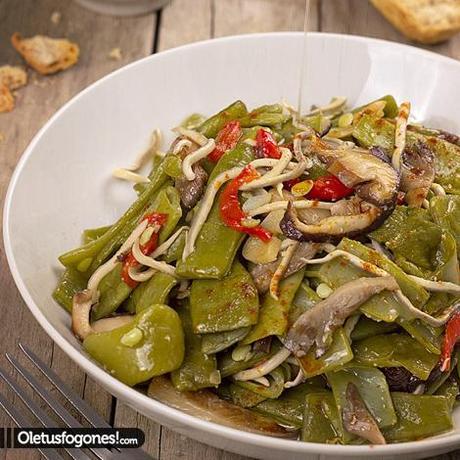 Judias verdes salteadas con setas y gulas paperblog - Tiempo coccion judias verdes ...