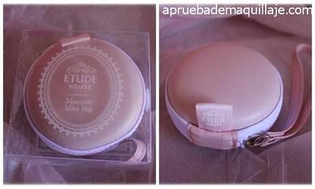 Macaron para guardar polveras de Etude House