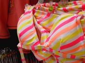 Carrefour comercializa bikinis relleno para niñas años