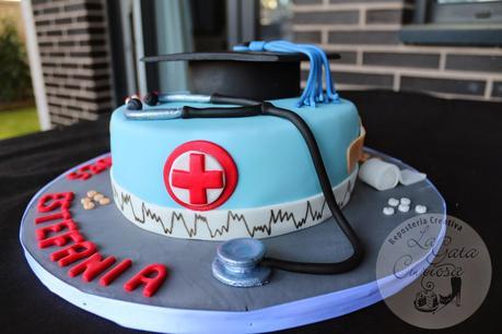 Aventura con una enfermera tetona - 2 8