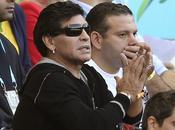 """Maradona responde Grondona: """"Pobre estúpido"""""""