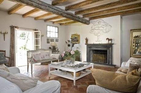 Casa rustica campestre en italia rustic country house in for Esempi di case arredate