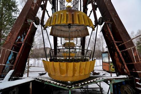 Ukraine, Chernobyl / Pripyat, Chernobyl Zone of Exclusion, The Abandoned Ferris Wheel in Pripyat Amusement Park