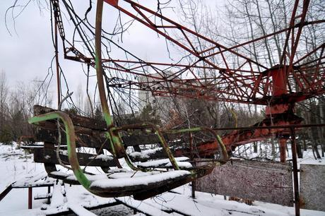Ukraine, Chernobyl / Pripyat, Chernobyl Zone of Exclusion, Abandoned Swings in the Pripyat Amusement Park