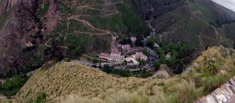 Pueblo escondido-cerro aspero