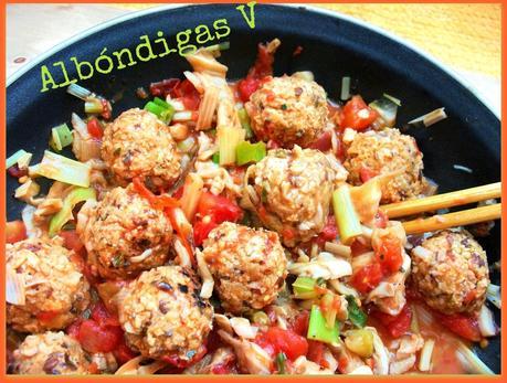 Alb ndigas con salsa de tomate setas y coco paperblog - Albondigas tradicionales ...