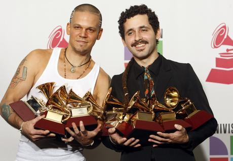 LAT.AM.-Calle13Grammys (1)