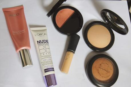 LOOK ||  Naked 3 - Beaming