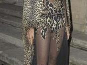 asombroso atrevido look Carine Roitfeld fiesta Aniversario Vogue París