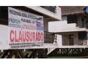Clausuran desarrollo turístico Barra Coyuca Benítez