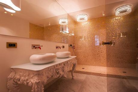 forteen_bathroom