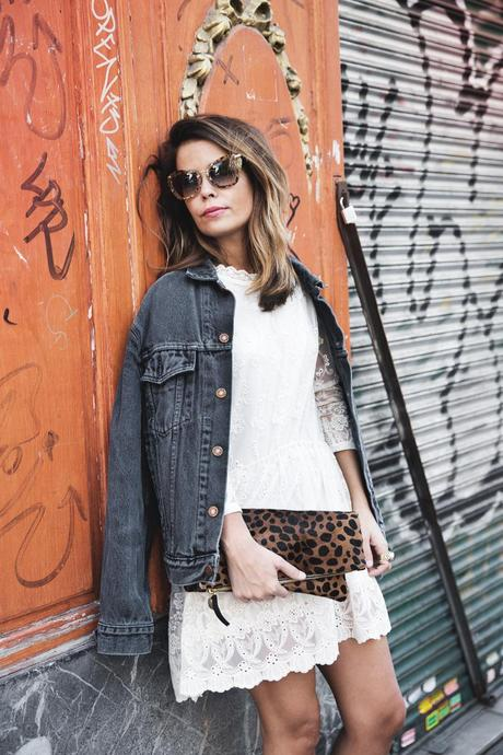 Vintage-Denim_Jacket-Lace_Dress-Olive_Clothing-Clare_Vivier-Leopard-Outfit-Street_Style-15