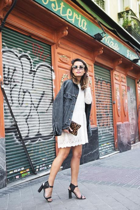 Vintage-Denim_Jacket-Lace_Dress-Olive_Clothing-Clare_Vivier-Leopard-Outfit-Street_Style-2