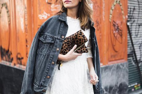 Vintage-Denim_Jacket-Lace_Dress-Olive_Clothing-Clare_Vivier-Leopard-Outfit-Street_Style-45