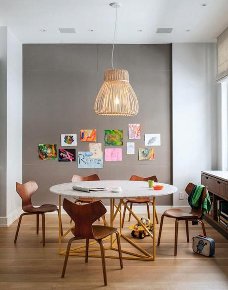 Decoracion Neutral.Un duplex newyorkino del mid century