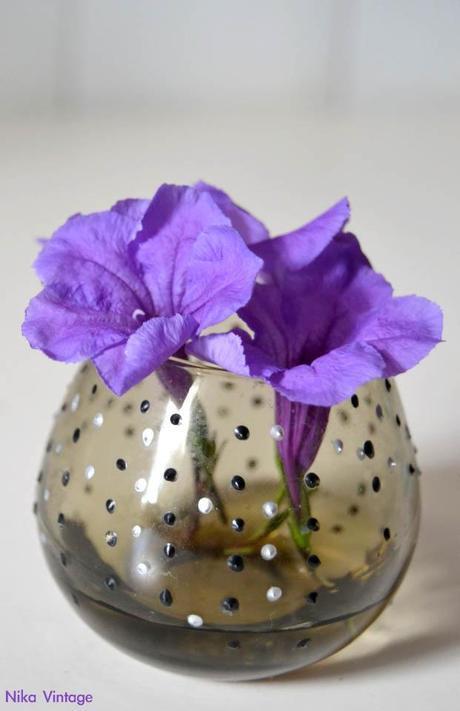 flores, cristal, bouquet, bouquets, vaso, vasos, copa, licor, diy, hazlo tu mismo, ambar, petunia mexicana, decoracion mesas, rosas, florero, violetero, antiguo