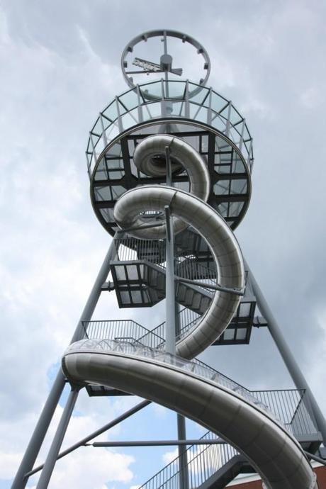 Vitra Slide Tower 17