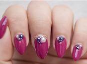 NOTD: Uñas elegantes cristales Swarovski perlas.