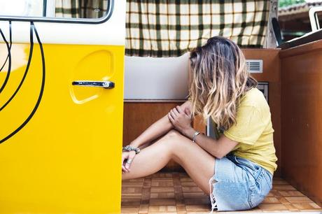 LidL_Ice_Cream-Levis_Vintage_Skirt-Yellow_Top-Espadrilles-Outfit-61
